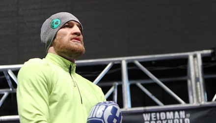 Conor-McGregor-UFC-194-workouts-02-750x370
